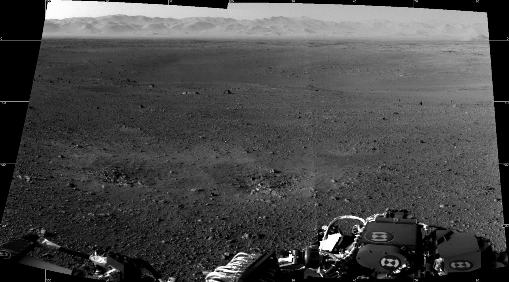 First_two_full-resolution_images_from_the_Curosity_rover